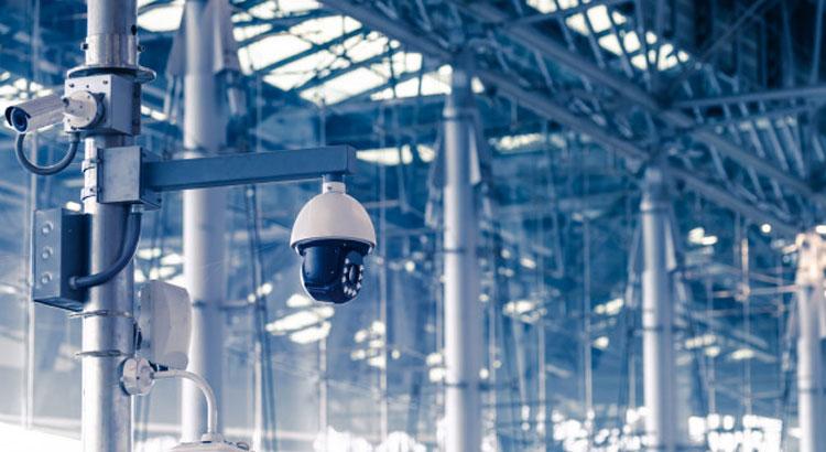 نظارت و کنترل بر فعالیت و عملکرد افراد و تجهیزات با خرید دوربین مداربسته